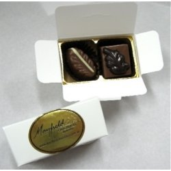 White box - 2 chocolates $4.90 Contains 2 chocolates of your choice See The Menu Please indicate your choice in the CARD MESSAGE box which is situated at Step 2 of the order process. Please Click the image for more information.
