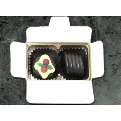 White Gift Box - 2 chocolates with Xmas Truffle Dark $4.90 Contains a Christmas truffle and 1 other chocolate of your choice See The Menu Please indicate your choice in the CARD MESSAGE box which is situated at Step 2 of the order process. Please Click the image for more information.