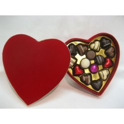 Deluxe red heart box - 15 chocolates $67.50 Contains 15 assorted chocolates The precise assortment shall vary from the one pictured but the number of heart shaped chocolates is always the same E. Please Click the image for more information.