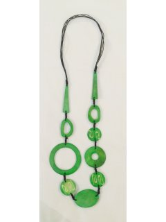 10788A GREEN FASHION NECKLACE Please Click the image for more information.