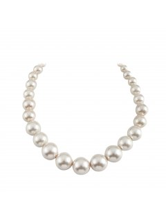 10811 CREAM GRADUATED PEARL NECKLACE Please Click the image for more information.