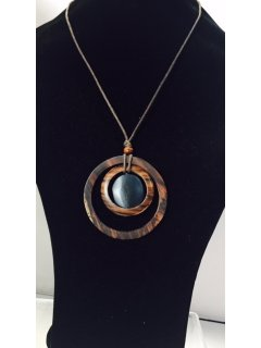 10836C WOODEN NECKLACE WITH CIRCLE DROP  BLACK INSERT Please Click the image for more information.