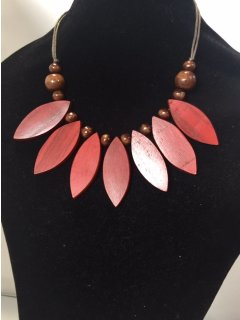 10839B CORAL LEAF WOODEN NECKLACE Please Click the image for more information.