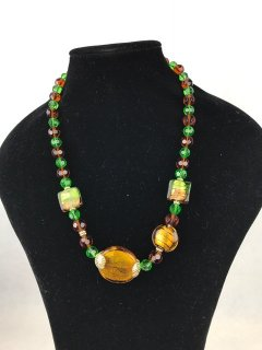 6931 GRREN  AMBER LADIES GLASS NECKLACE Please Click the image for more information.