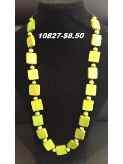 10827 GREEN WOODEN SQUARE NECKLACE Please Click the image for more information.